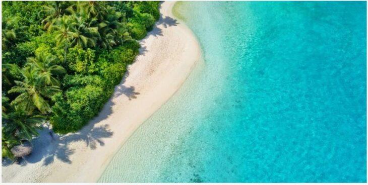 Maldives rainy season